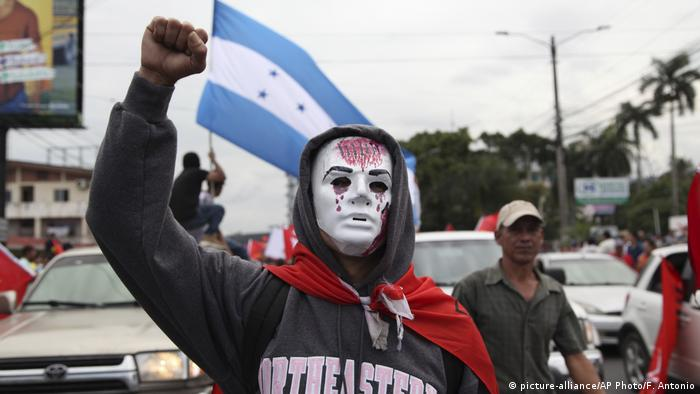 Honduras Proteste (picture-alliance/AP Photo/F. Antonio)