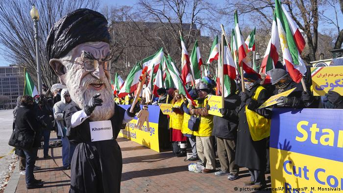 USA Washington- Proteste Iran (picture-alliance/AP Images/P. M. Monsivais)