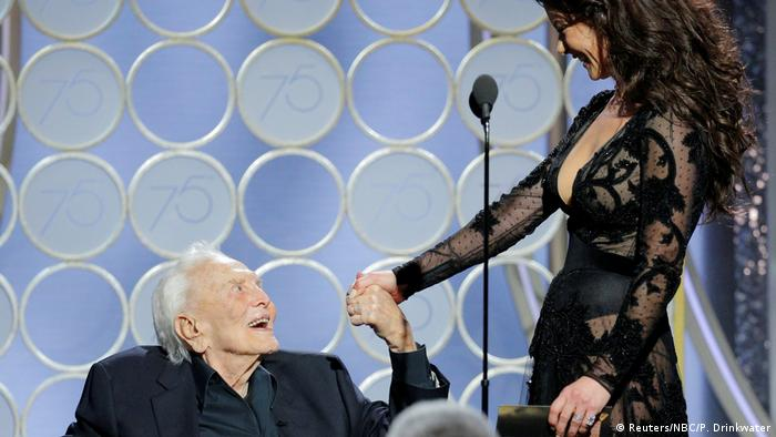 Kirk Douglas and Catherine Zeta-Jones at the Golden Globes 2018 (Reuters/NBC/P. Drinkwater)