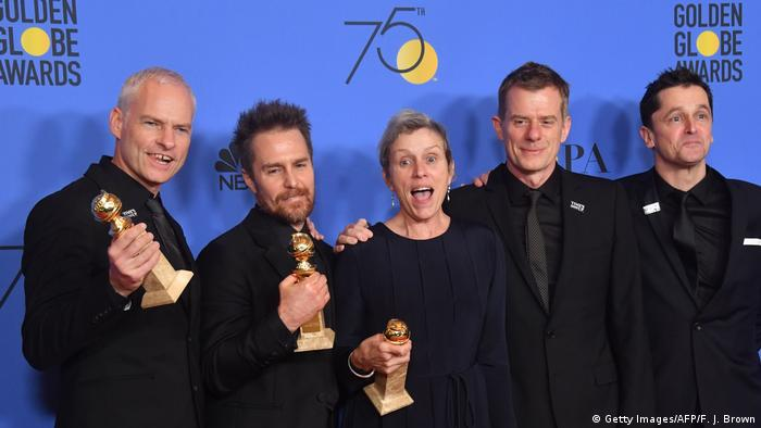 Martin McDonagh, Sam Rockwell, Frances McDormand and other at the Golden Globes 2018 (Getty Images/AFP/F. J. Brown)
