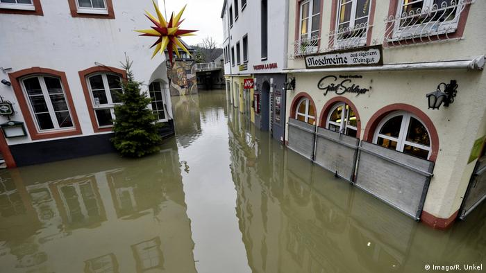 Mosel flooded