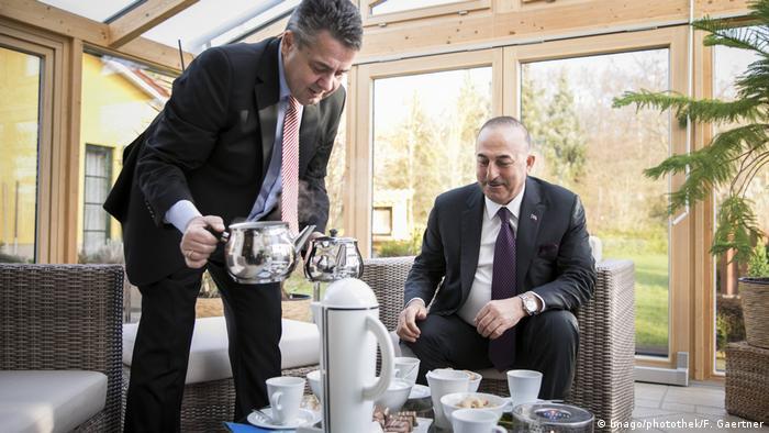 Goslar Sigmar Gabriel L SPD trifft den Außenminister der Türkei Mevluet Cavusoglu