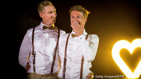 Craig Burns and Luke Sullivan at their wedding in Summergrove Estate (Getty Images/AFP/P. Hamilton)