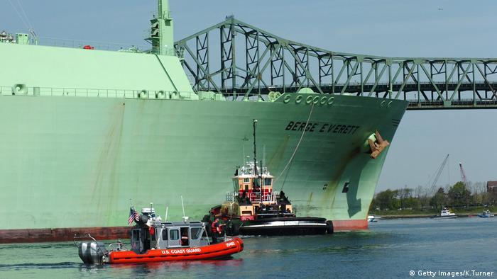 Natural gas ship in Boston