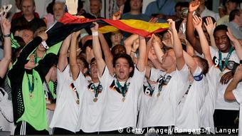 Fußball UEFA U19 Europameisterschaft Italien - Deutschland (Getty Images/Bongarts/T. Langer)