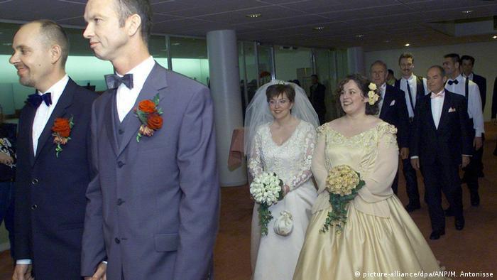 Primeiros casamentos de pessoas do mesmo sexo em Amsterdã