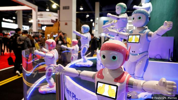 AI robots perform exercises during CES 2018 in Las Vegas. (Reuters/S. Marcus)