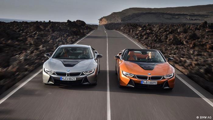 Autoshow - Detroit 2018 - BMW i8 Coupe und Roadster (BMW AG)