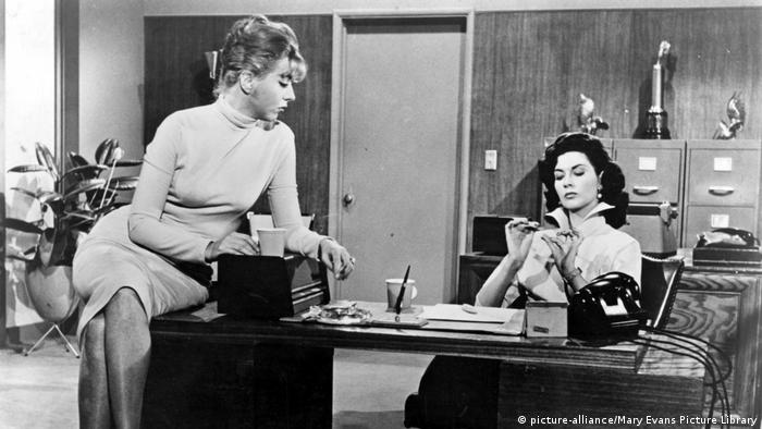 Barboura Morris und Susan Cabot (picture-alliance/Mary Evans Picture Library)