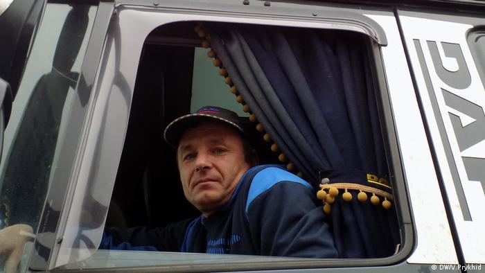 Водій вантажівки Олександр Балюк