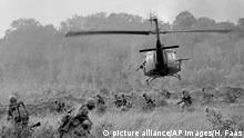 Vietnam 50 Jahre Tet-Offensive BG | US-Soldaten bei Tay Ninh 1966