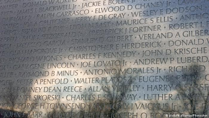 Vietnam 50 Jahre Tet-Offensive BG   Vietnam Memorial in Washington (picture alliance/Photoshot)