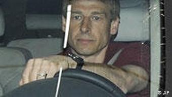 Klinsmann napušta centralu Bayerna nakon što mu je uručen otkaz
