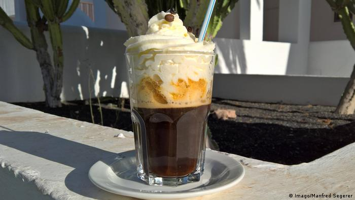 Irish Coffee in Irland (Imago/Manfred Segerer)