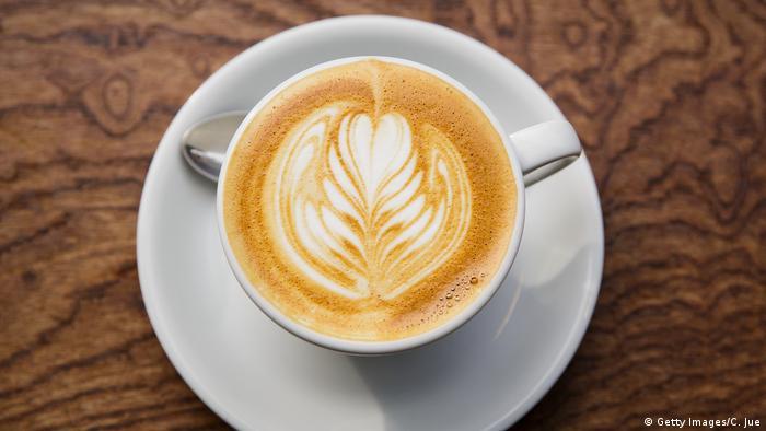 CAFÉ LATTE (Getty Images/C. Jue)