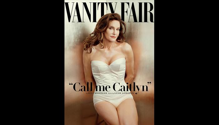 Caitlyn Jenner im weißen Badeanzug auf dem Titelbild von Vanity Fair.