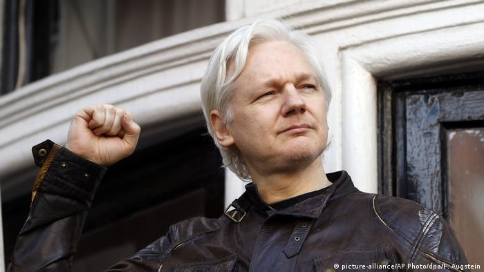 La canciller de Ecuador, María Fernanda Espinosa, anunció hoy que el pasado 12 de diciembre concedió la naturalización como ecuatoriano al fundador de Wikileaks, Julian Assange. (11.01.2018).