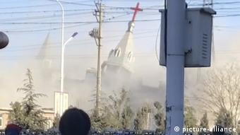 Abriss einer Kirche in China