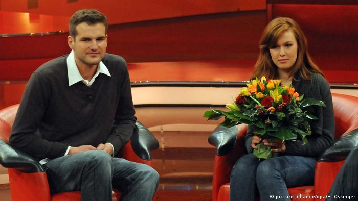 Deutschland Loveparade-Retter Manfred Bauknecht und Gerettete Kristina Muth bei Günther Jauch