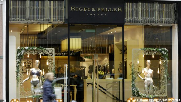 Queen's bra-maker, Rigby and Peller, lose royal warrant