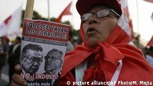 Peru Lima Protest gegen Begnadigung Alberto Fujimori