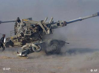 The Swedish arms company Bofors sold 400 howitzer guns to India in the 1980s