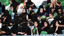 Frauen aus Saudi-Arabien im Stadion