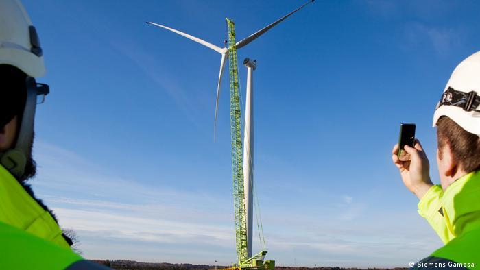 Installation einer Windanlage von Siemens Gamesa