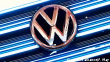 VW Symbolbild - Logo (picture alliance/F. May)