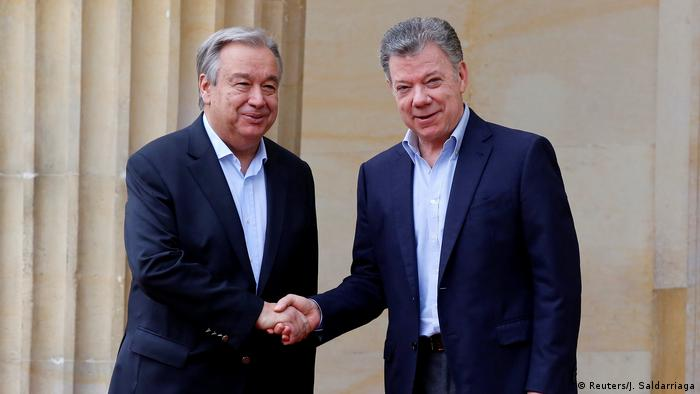 Colombia's President Juan Manuel Santos and UN Secretary General Antonio Guterres (Reuters/J. Saldarriaga)