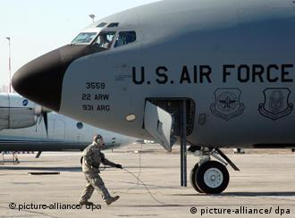 پایگاه نظامی آمریکا در ماناس قرقیزستان