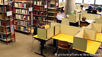 Universität Freiburg - Bibliothek