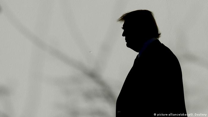 Donald Trump Silhouette (picture-alliance/abaca/O. Douliery)