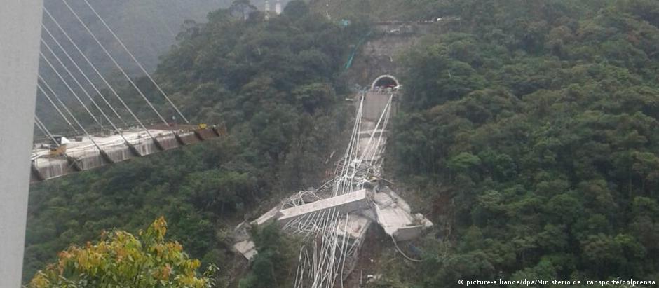 Ponte fazia parte da obra que liga Bogotá à cidade de Villavicencio, localizada 120 km ao sul da capital colombiana