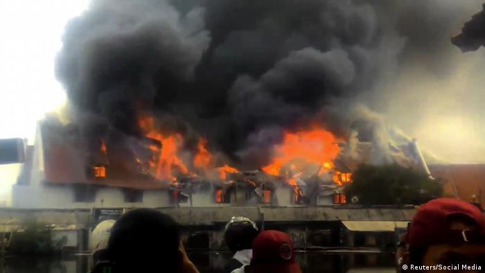Jakarta Indonesien Brand Feuer Maritim Museum (Reuters/Social Media)