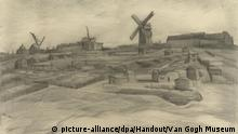 HANDOUT - Die Zeichnung «Der Hügel vonMontmartre» (1886) von Vincent van Gogh (undatierte Aufnahme). Das Gesamtwerk des Malers Vincent van Gogh (1853-1890) ist um zwei neue Zeichnungen erweitert worden. (zu dpa Neue Zeichnungen von Van Gogh entdeckt vom 16.01.2018) - ACHTUNG: Nur zur redaktionellen Verwendung in Zusammenhang mit der aktuellen Berichterstattung und nur bei Nennung der vollständigen Quelle: Foto: Handout/Van Gogh Museum/dpa +++(c) dpa - Bildfunk+++ |