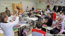 Schüler mit Migrationshintergrund und aus Deutschland