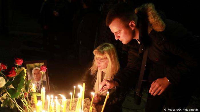 Kosovo Trauer um Oliver Ivanovic (Reuters/D. Kojadinovic)