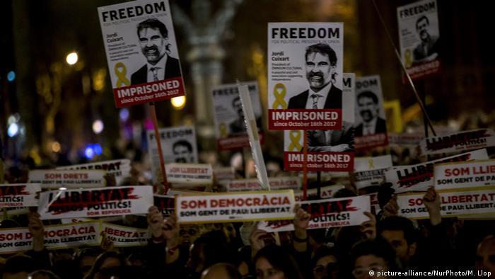 Demonstration für die inhaftierten Separatisten in Barcelona