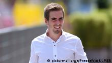 Deutschland Philipp Lahm in Lederhosen (picture-alliance/Pressefoto ULMER)
