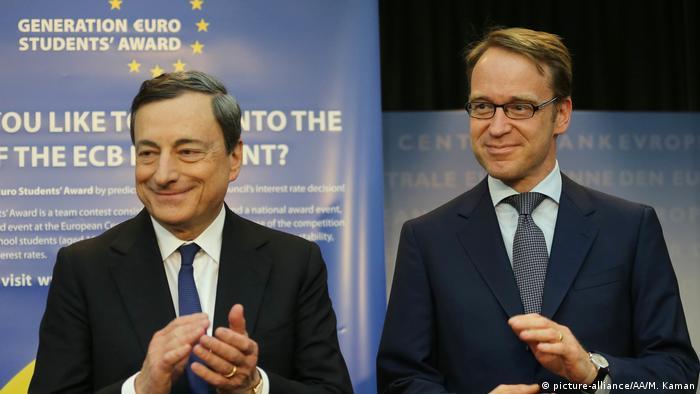 Deutschland ECB-Präsident Mario Draghi und Bundesbank Präsident Jens Weidmann