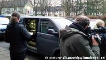Raids were carried out in Berlin on an alleged trafficking ring (picture-alliance/dpa/Bundespolizei)