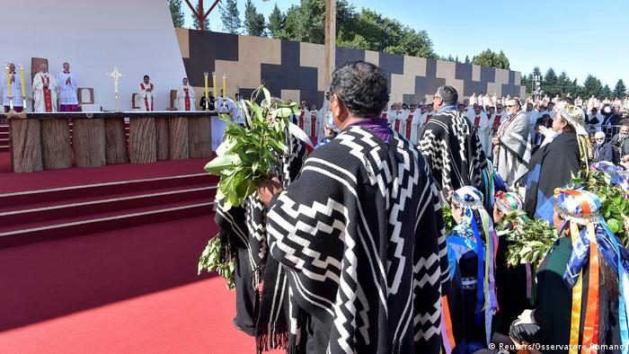Chile Papst Franziskus prangert Unterdrückung der Mapuche an (Reuters/Osservatore Romano)