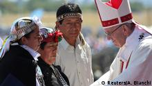 Chile Papst Franziskus in Temuco | Mapuche (Reuters/A. Bianchi)