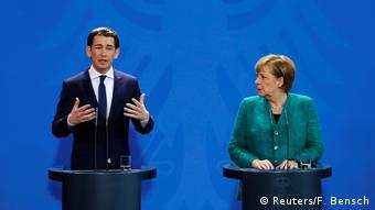 Χαμηλούς τόνους επέλεξε η Μέρκελ για την υπερσυντηρητική αυστριακή κυβέρνηση