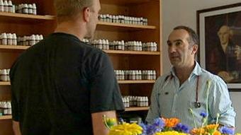 Neki uspjehe liječenjem homeopatijom pripisuju i iscrpnim razgovorima između pacijenta i homeopata