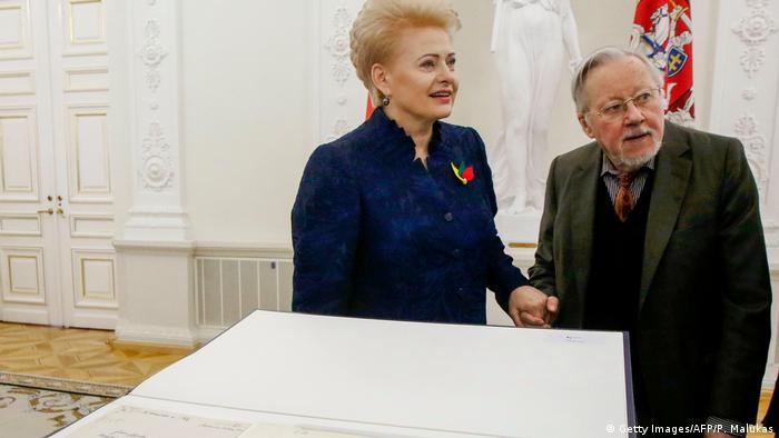Lithuanian President Dalia Grybauskaite and former President Vytautas Landsbergis