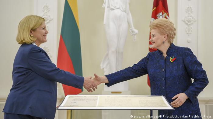 Germany loans Lithuania independence declaration copy in Vilnius