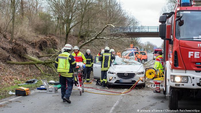 Возросло число погибших чудовищного урагана вГермании