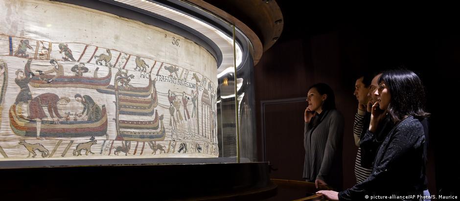Tapeçaria histórica está exposta em Bayeux